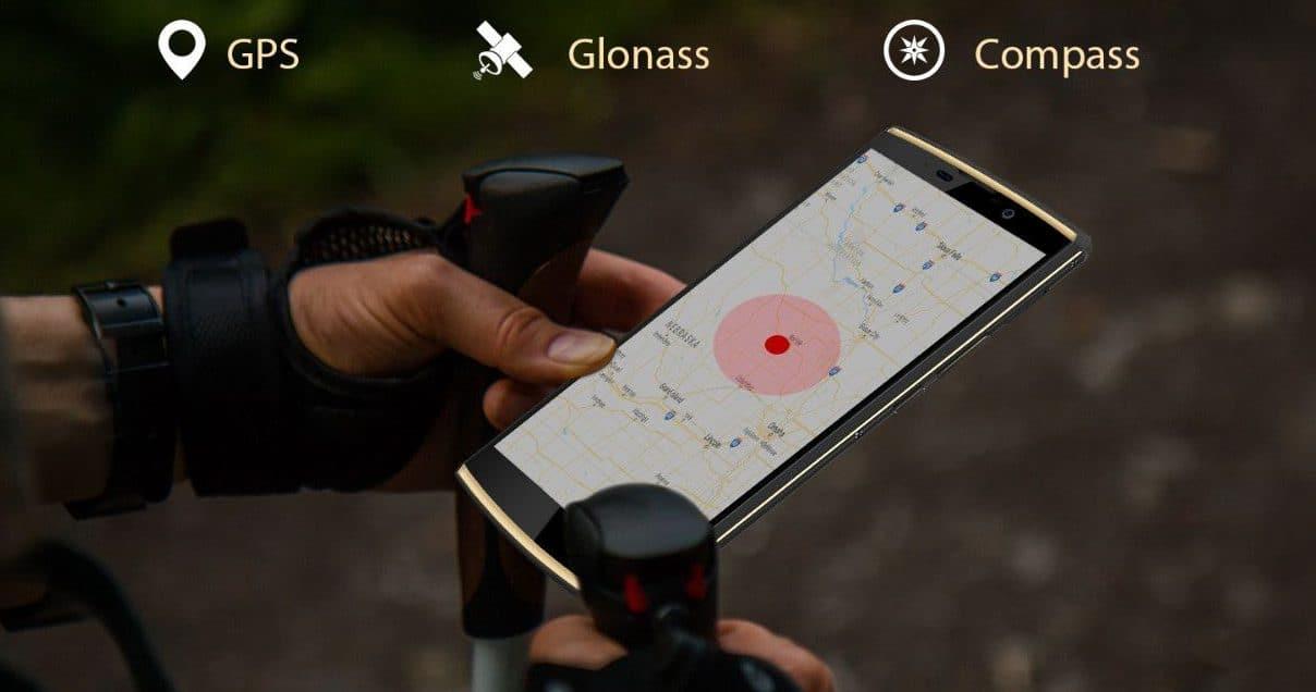 En telefon som på skjermen viser et kart. Dette for og forklare at den har GPS og kompass.